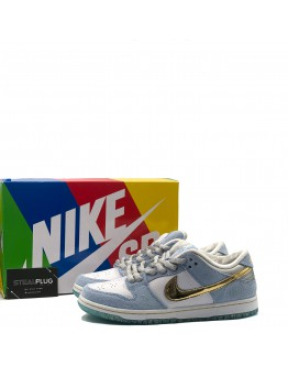 """Nike Dunk Low """"Sean Cliver"""""""